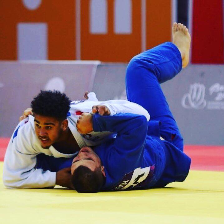 Mathias Anglionin contre Alin Bagrin